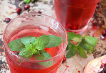 granaatappel munt water