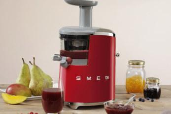Smeg Slow Juicer: sapjes met een pure, natuurlijke smaak