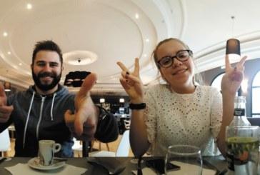 Maak waanzinnige selfies aan tafel met de Cookut Table selfie 360°