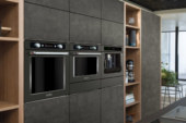 KitchenAid viert honderste verjaardag en gaat 'back to black'