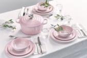 Shell Pink chez Le Creuset: élégant & intemporel